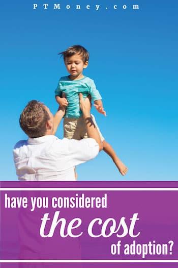 Los futuros padres pueden darse cuenta de que existe un costo asociado con la adopción de un niño, pero puede sorprenderlos descubrir cuánto necesitarán haber presupuestado.  A continuación se muestra un desglose de los costos asociados con la adopción de un niño.