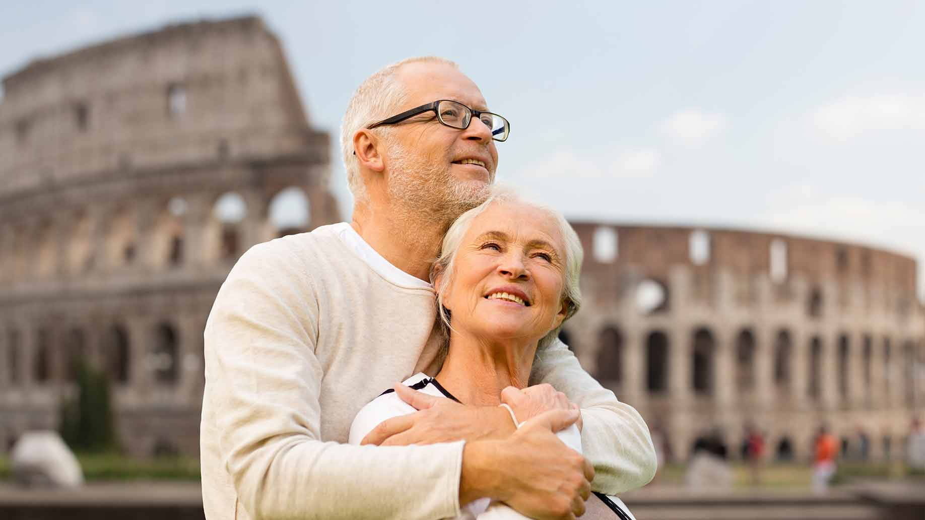 pareja de jubilados en italia